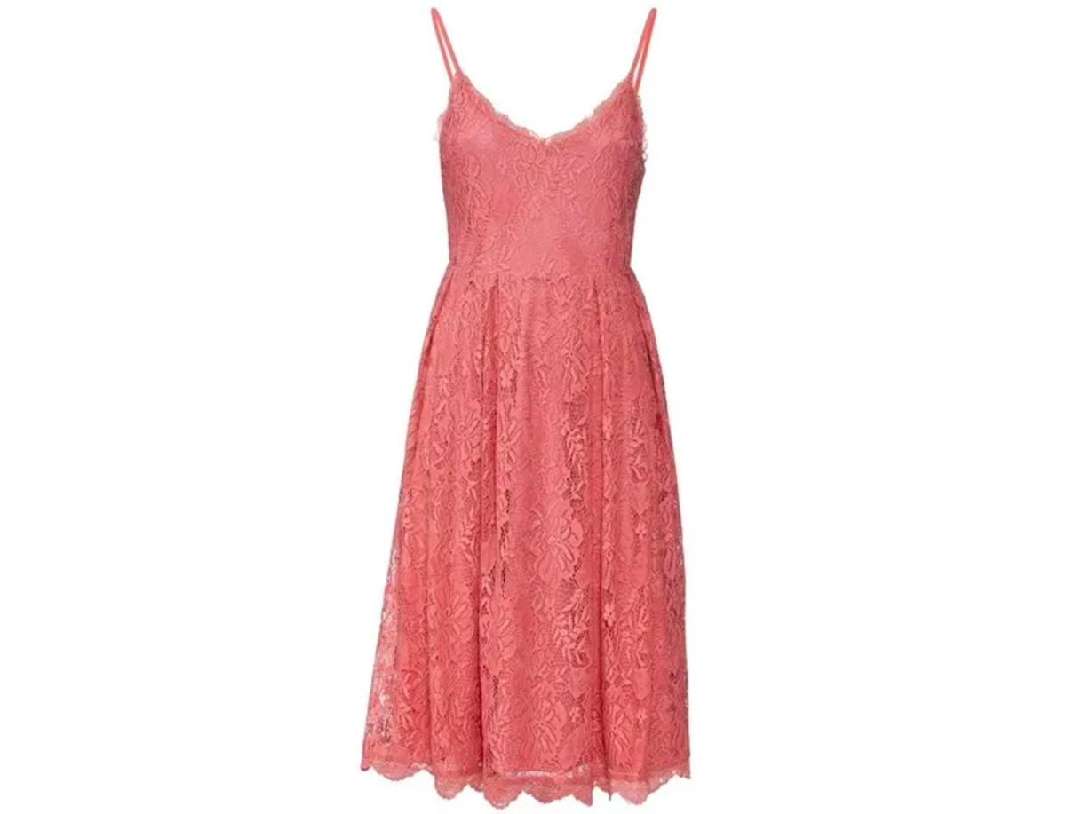 koronkowa sukienka z Lidla za 59,99 zł