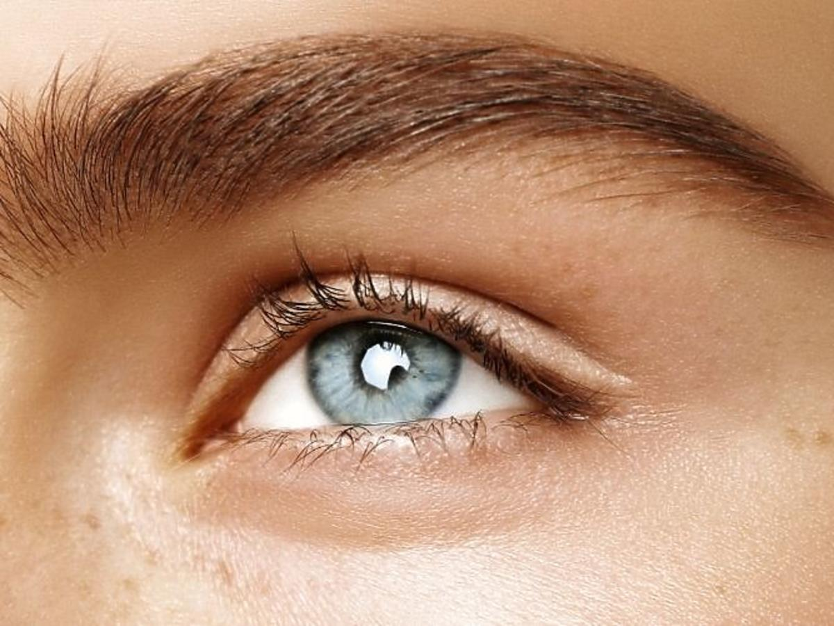 Kredka do brwi NYX Professional Makeup, Fill & Fluff Eyebrow Pomade Pencil