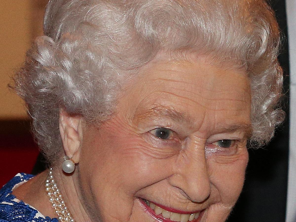 Królowa Elżbieta II w zbliżeniu