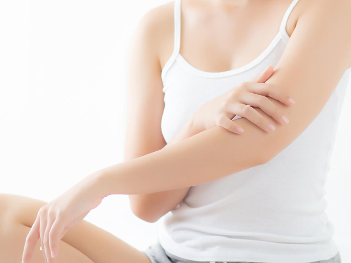 krostki na rękach przyczyny objawy choroby leczenie