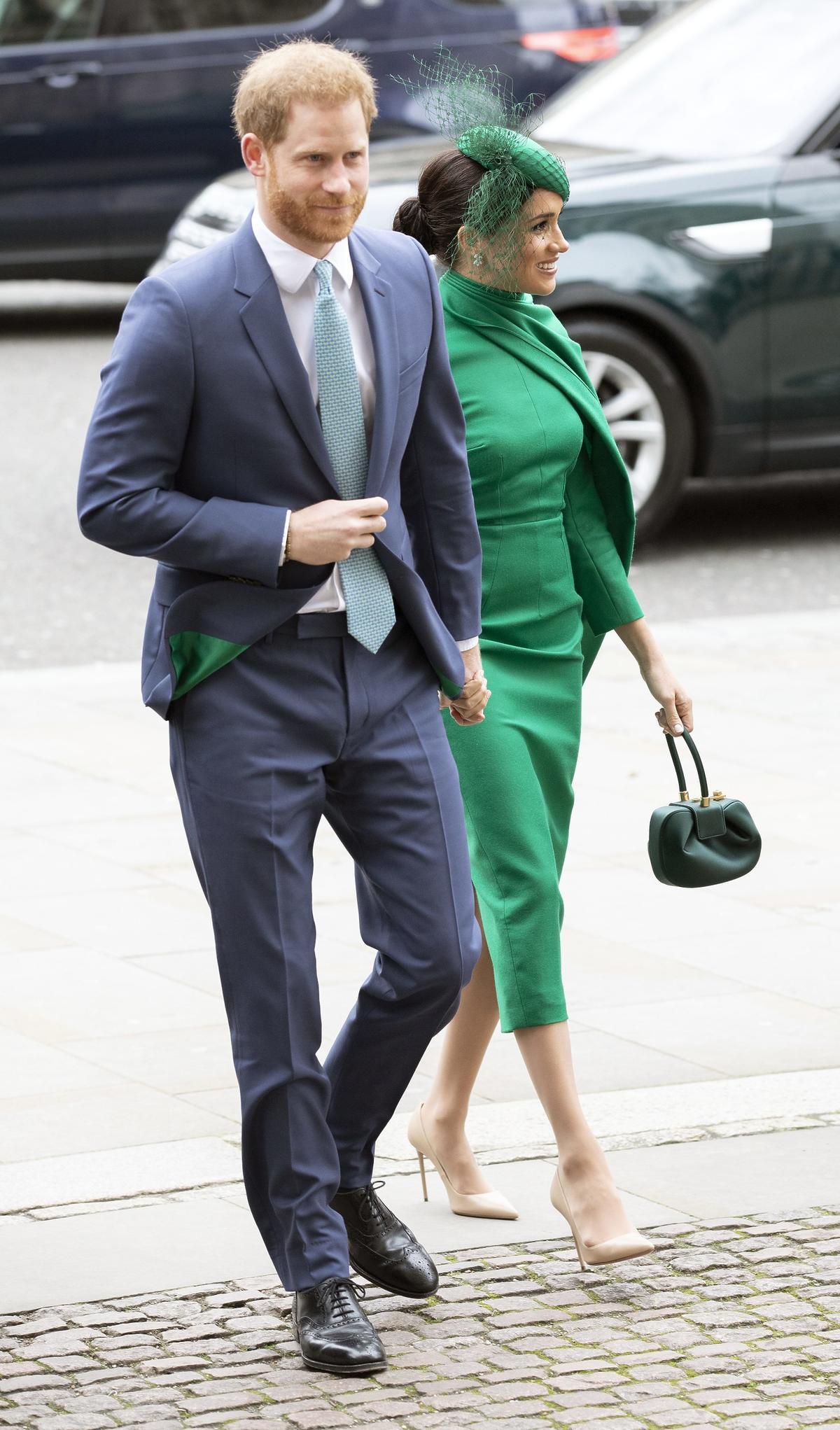 Książę Harry i Meghan w zielonej sukience