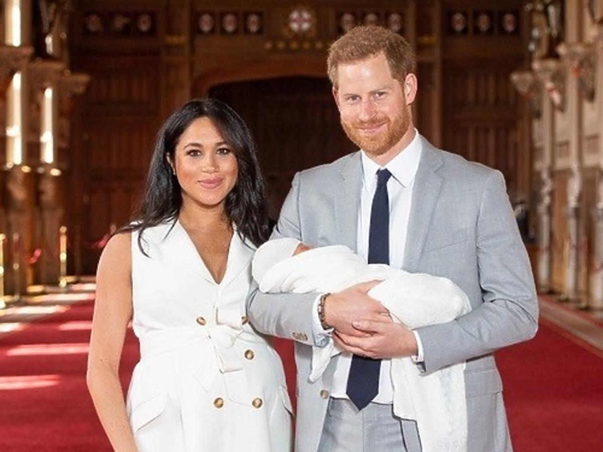Książę Harry NIE jest ojcem Archiego? W brytyjskich mediach zawrzało