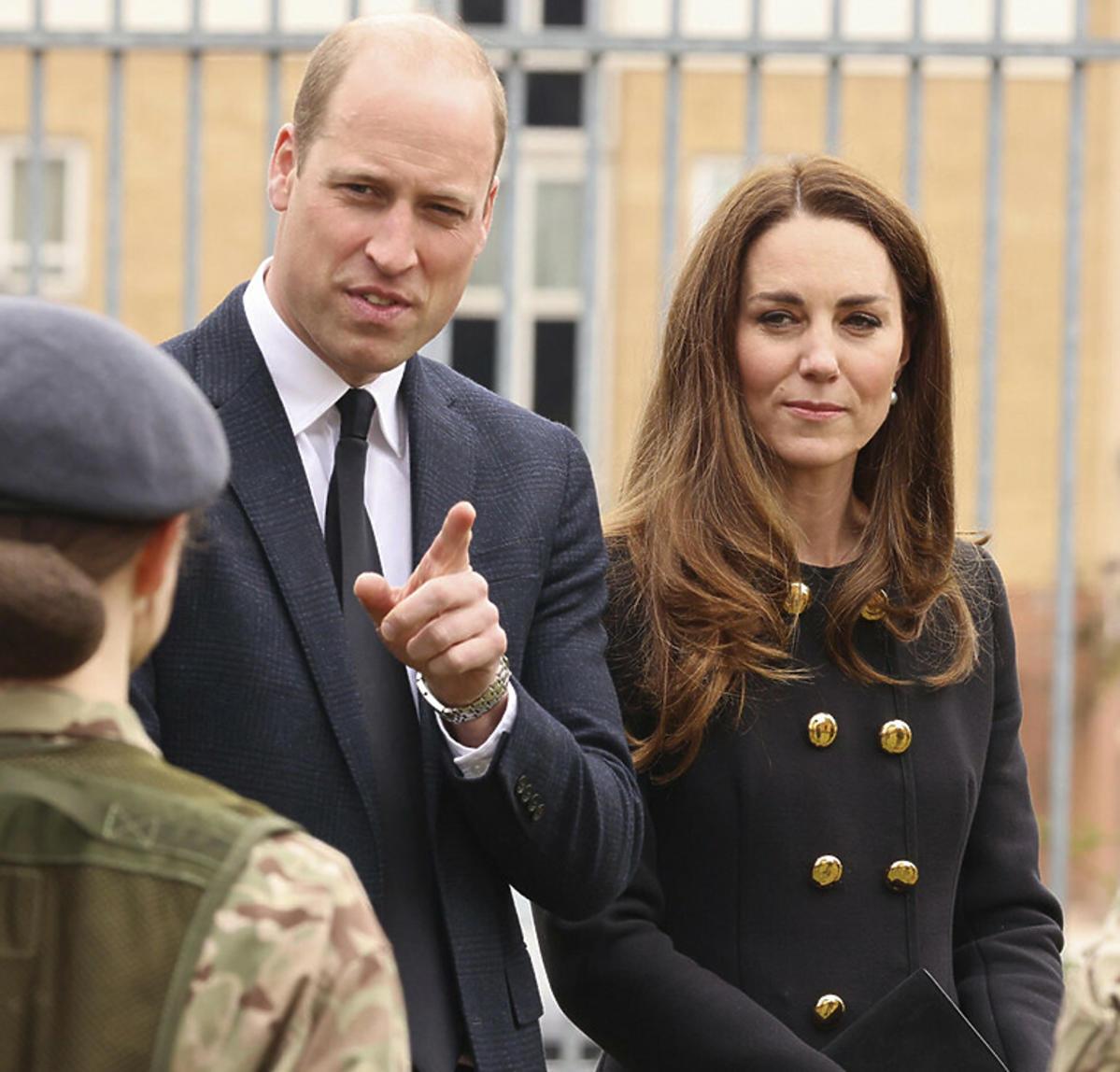 Książę William i księżna Kate w czarnych stylizacjach pierwszy raz po pogrzebie księcia Filipa