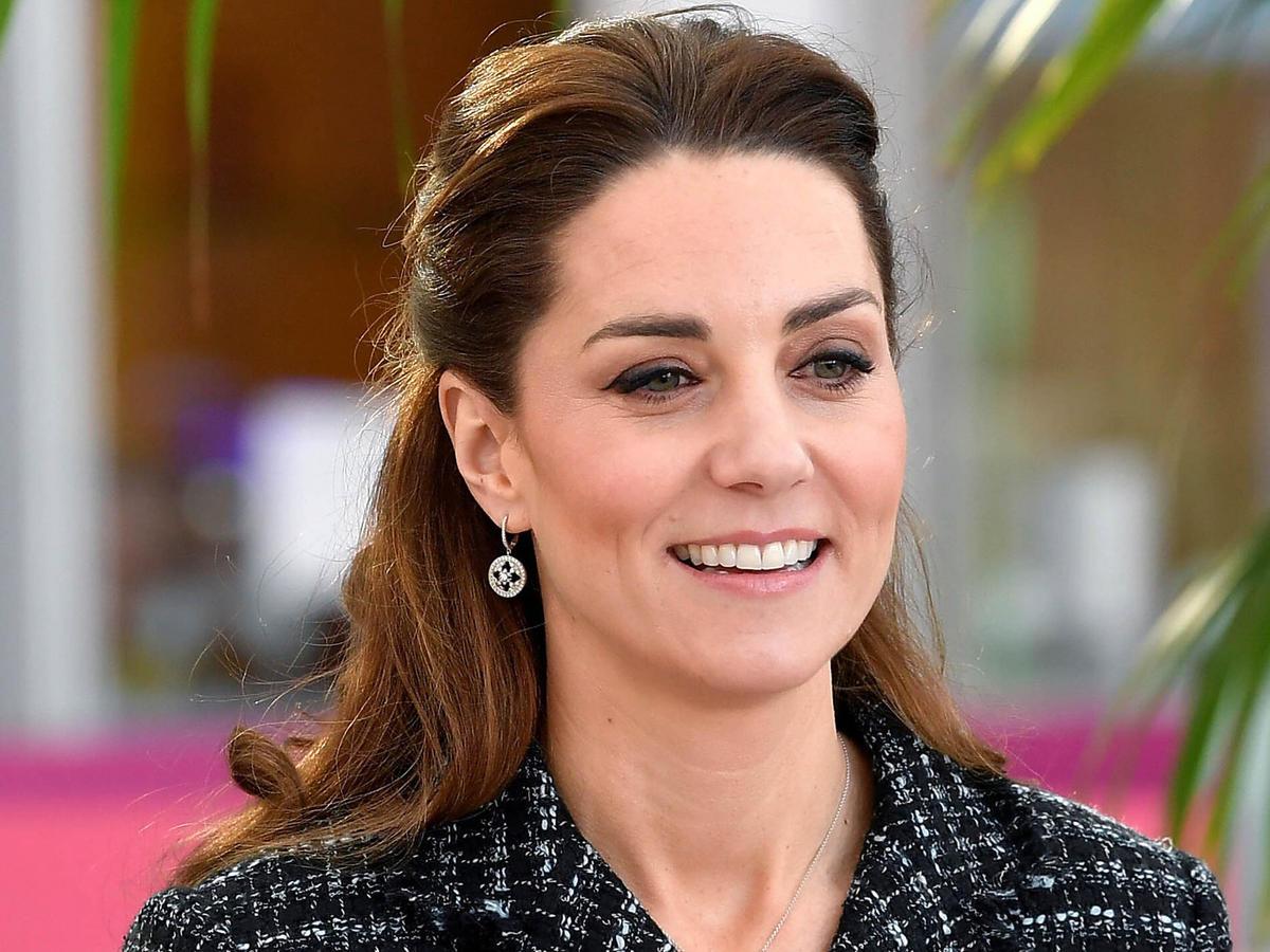 Księżna Kate i książę William ostro skrytykowani za pomoc w lokalnej piekarni
