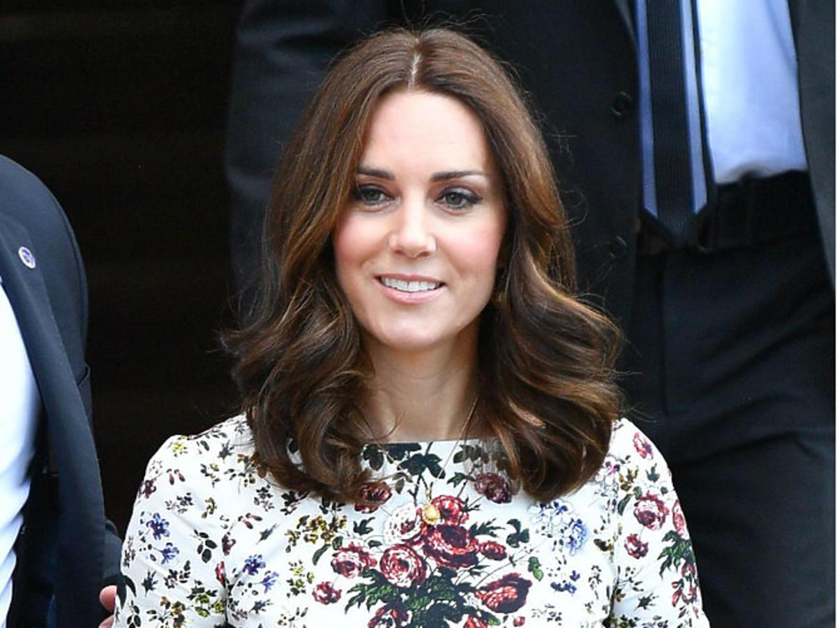 księżna kate middleton w gdańsku sukienka w kwiaty