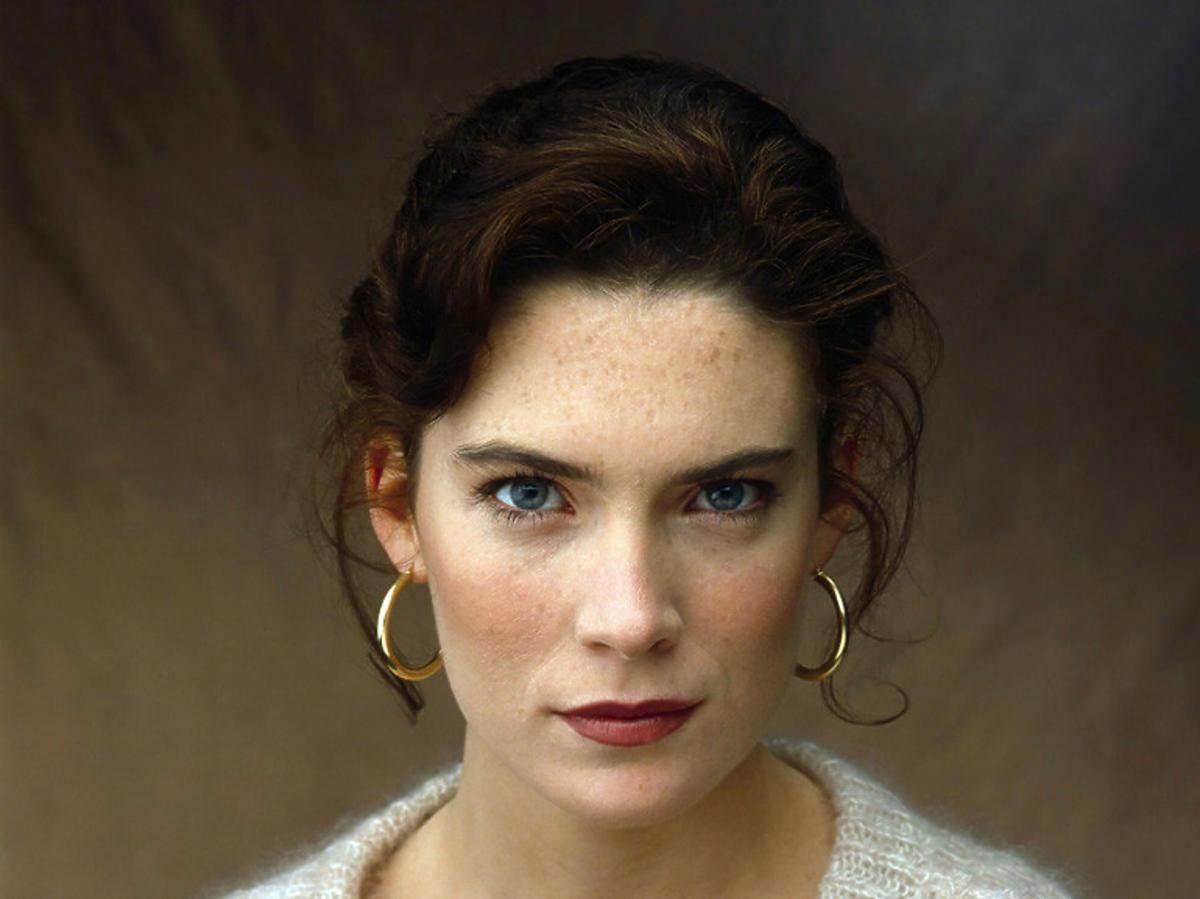 """Lara Flynn Boyle z """"Miasteczka Twin Peaks"""" ofiarą operacji plastycznych"""