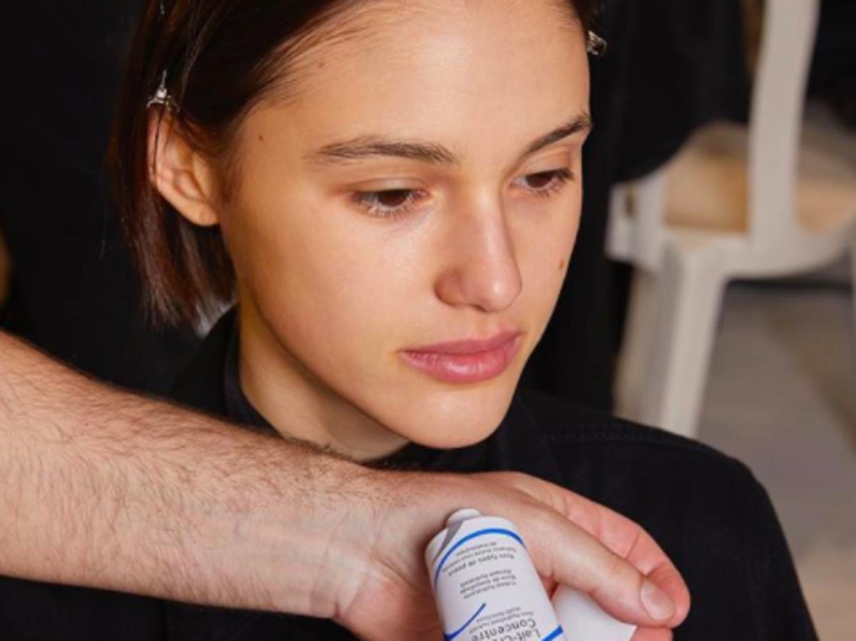 Lżejsza wersja kremu pod makijaż Embryolisse Lait Creme Concentre