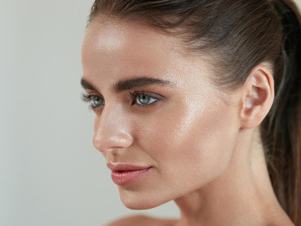 makijaż glow po użyciu kremu bb z drobinkami złota
