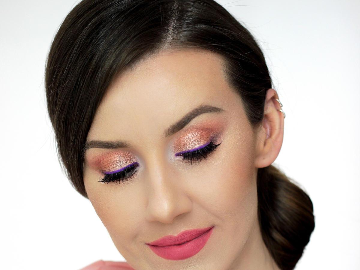 Makijaż oczu z matową, pastelową kreską