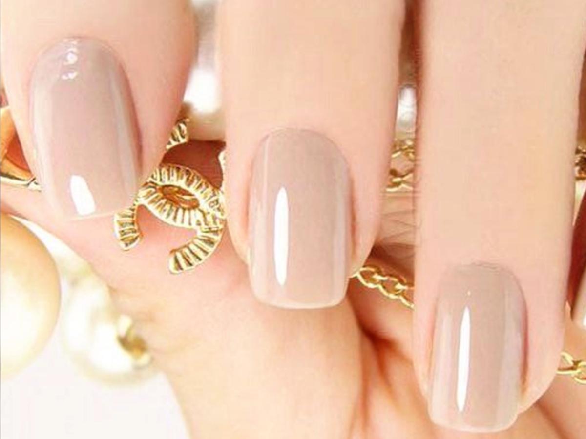 manicure nude