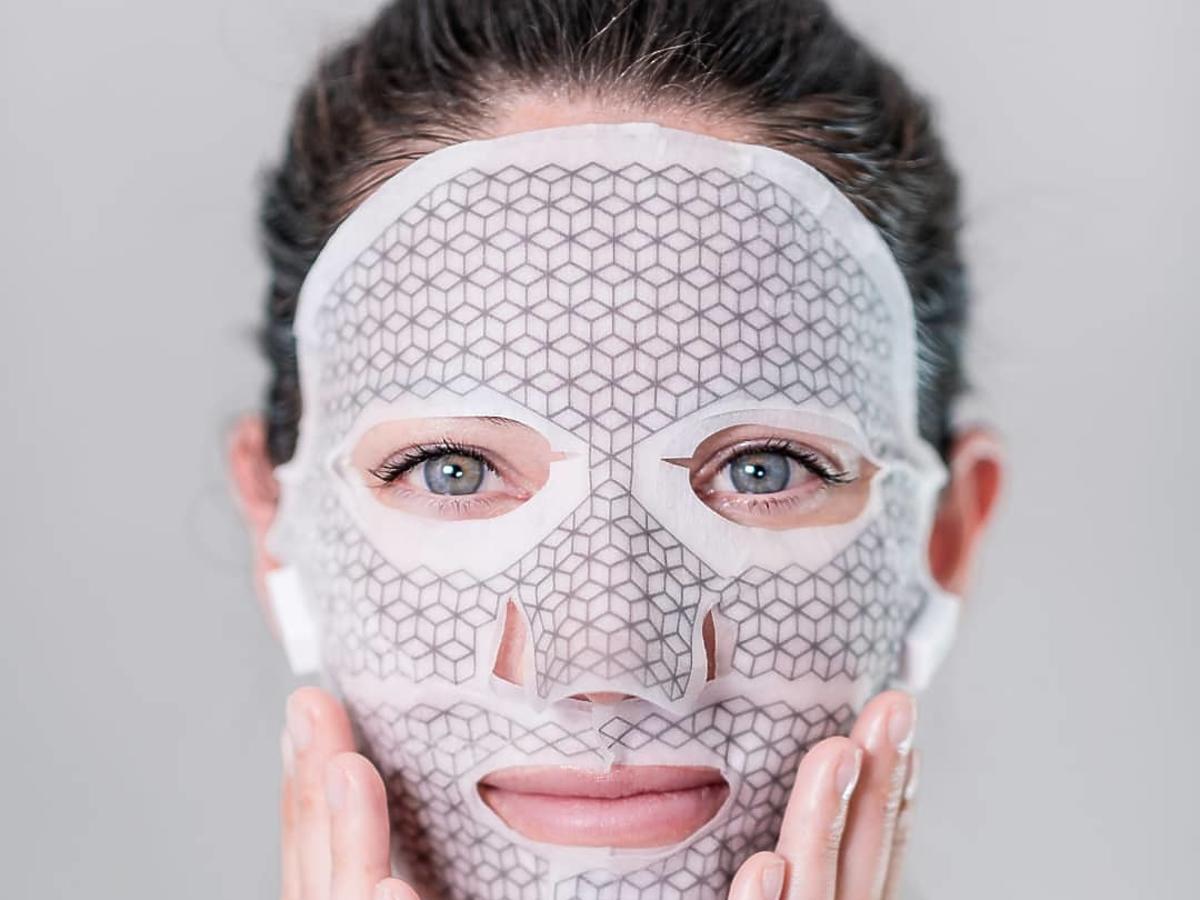 maska w płachcie z mikroprądem Franz Skincare