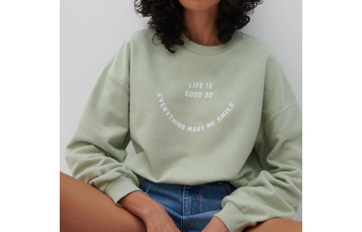 modna bluza na jesień 2021 na wyprzedaży w Reserved