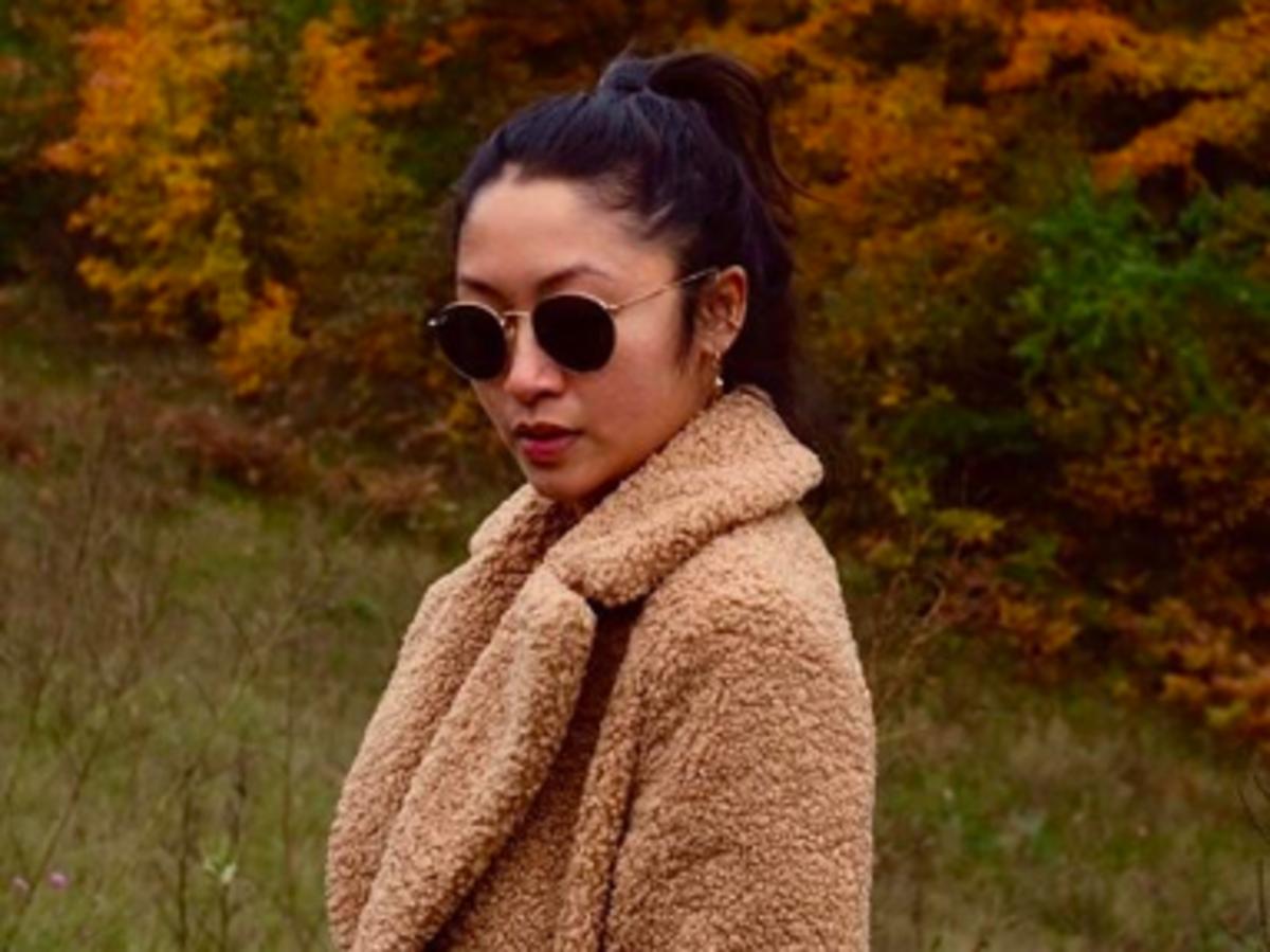Modna kurtka ze sztucznego baranka do kupienia w Zarze