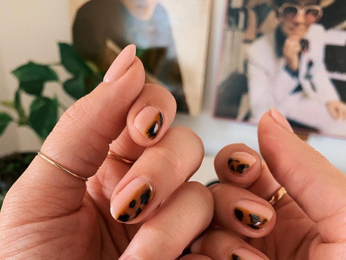 Modne paznokcie - szylkret