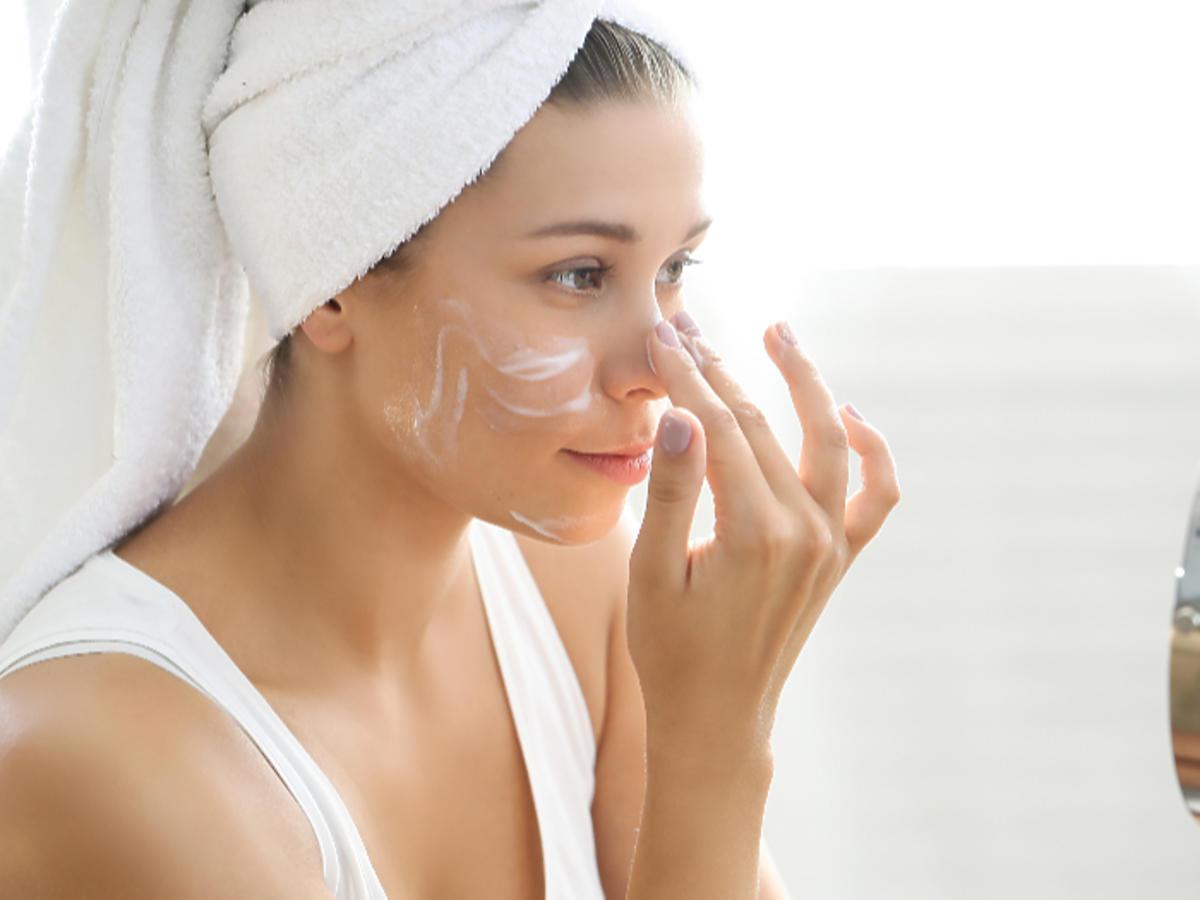 niacyna działanie trądzik zmarszczki przetłuszczanie się skóry niacynamid w kosmetykach