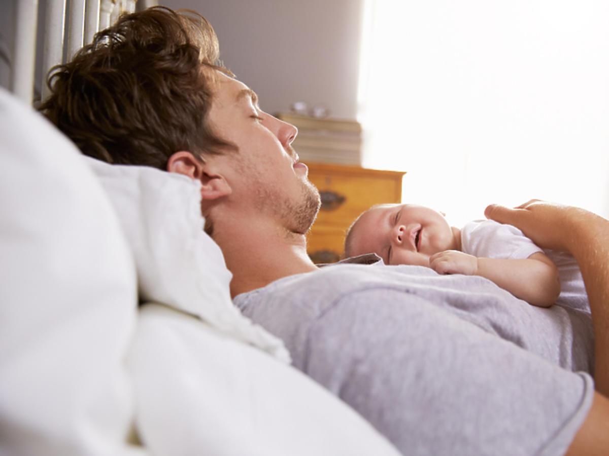 Niebezpieczna pozycja do spania z dzieckiem
