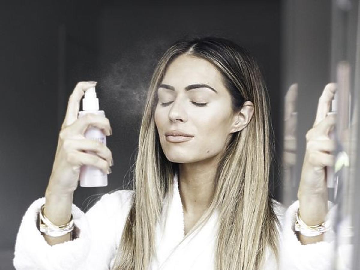 Nowość w Lidlu: utrwalacz do makijażu Cien