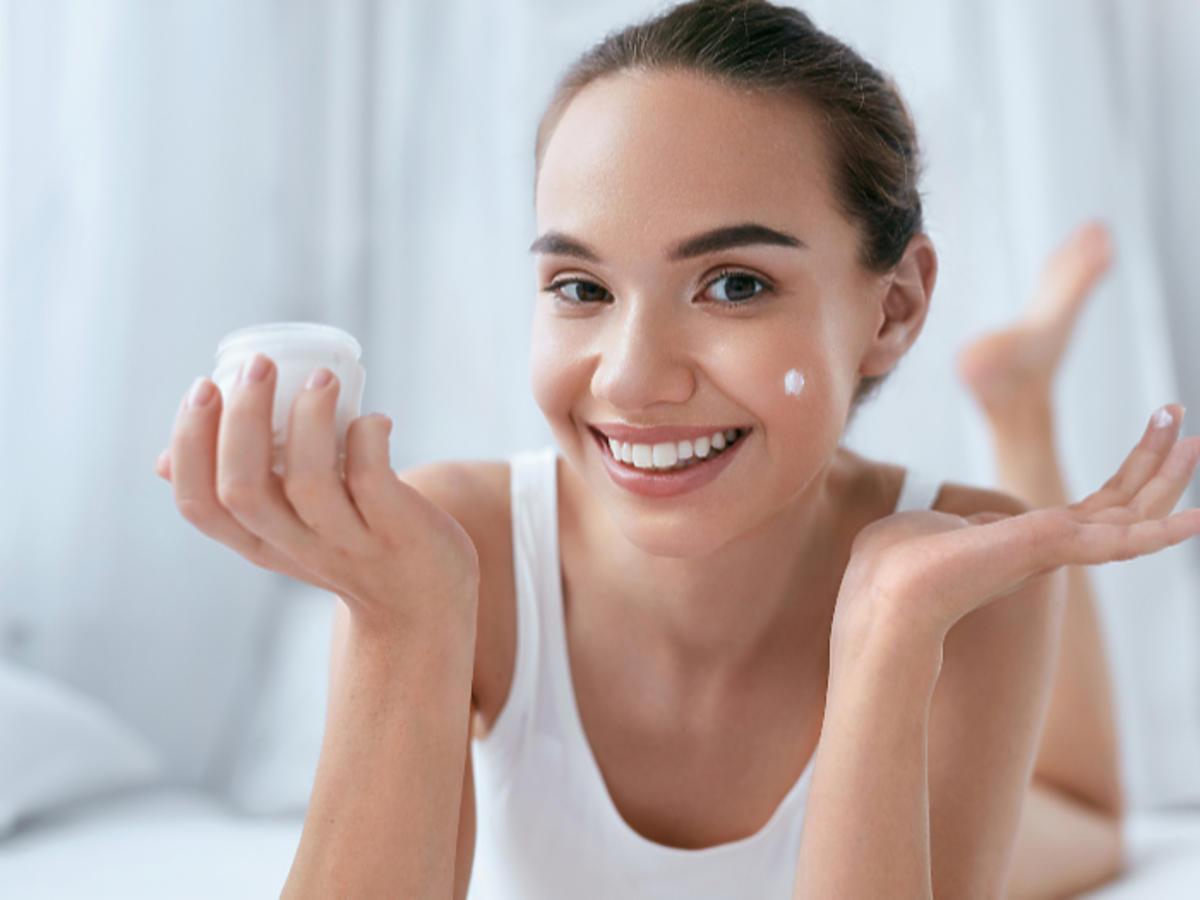 nowości kosmetyczne nowe kosmetyki Pixi Origins Nivea Ziaja Indeed żel do mycia twarzy balsam rozświetlacz krem do rąk krem do twarzy