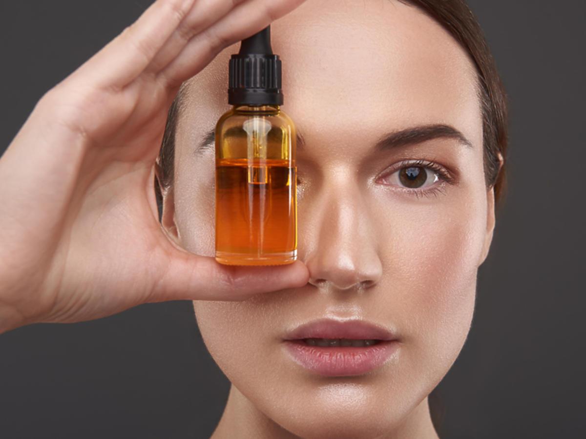 olej makademia działanie na twarz na włosy