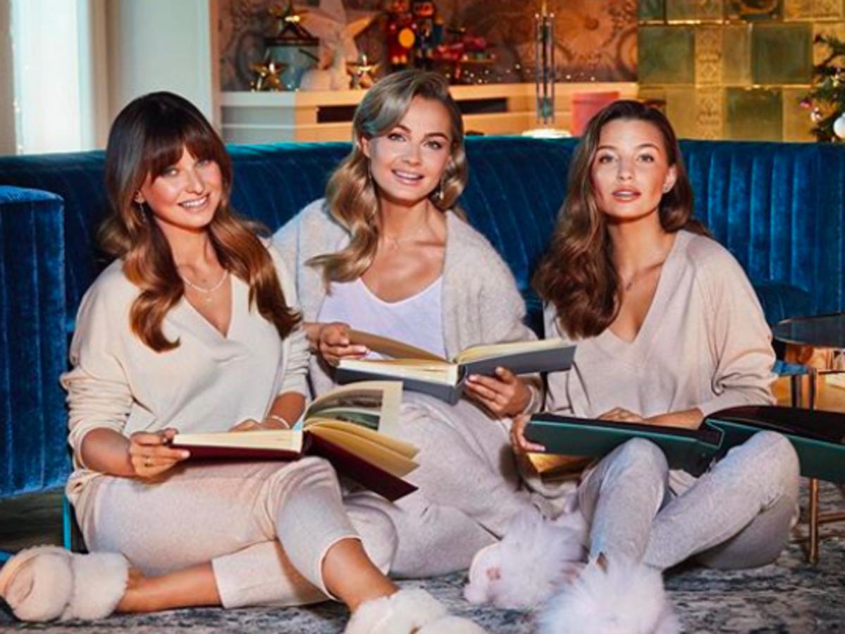 parodia reklamy Apartu z Julią Wieniawą, Anną Lewandowską i Małgorzatą Sochą