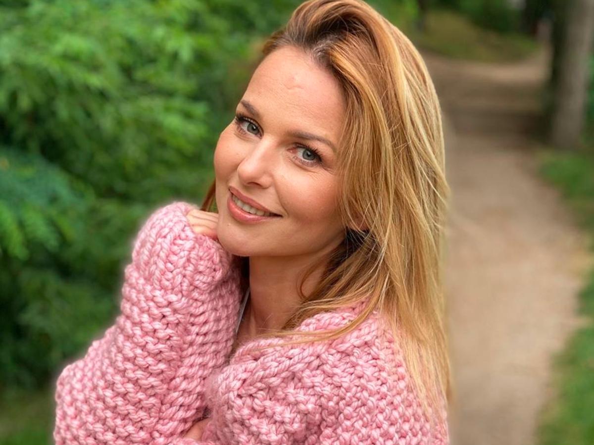 """Paulina Sykut-Jeżyna zmieniła fryzurę. Postawiła na włosy w kolorze """"bronde"""""""
