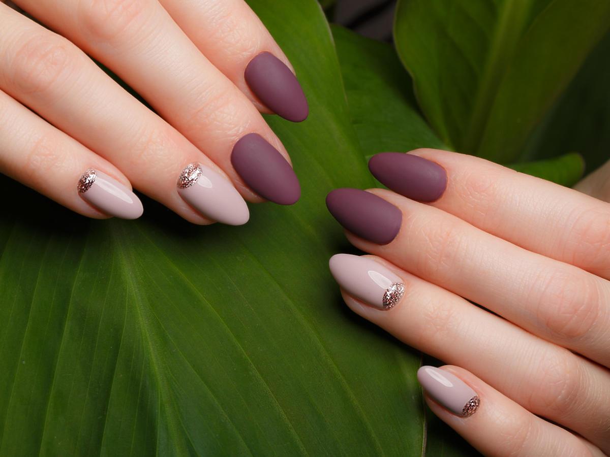 paznokcie migdałki fioletowe