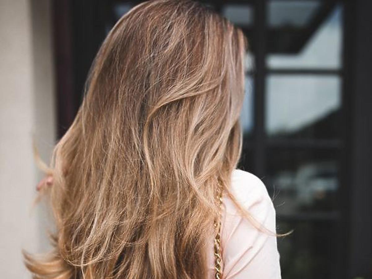 piękne, bujne włosy