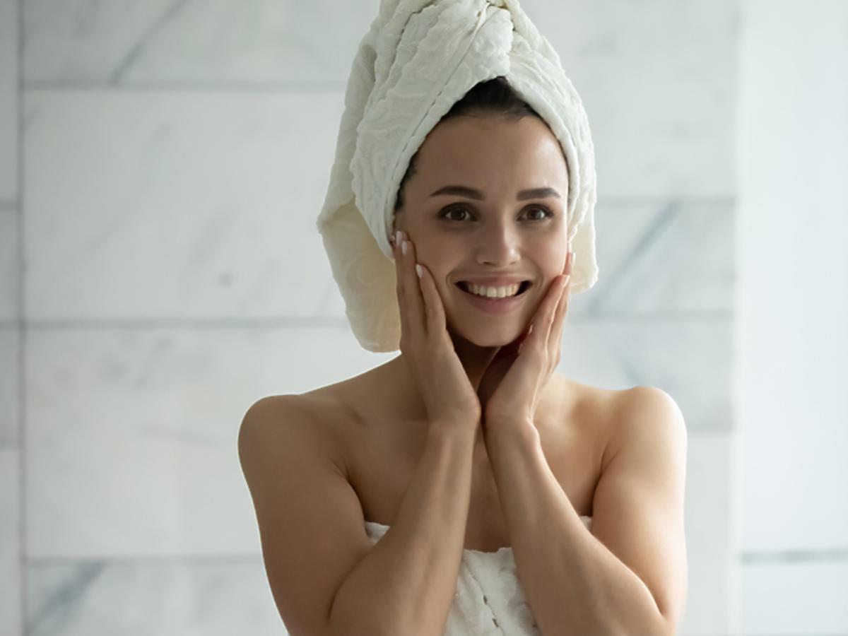 pielęgnacja twarzy zasady nawilżanie oczyszczanie jak wybrać kosmetyki