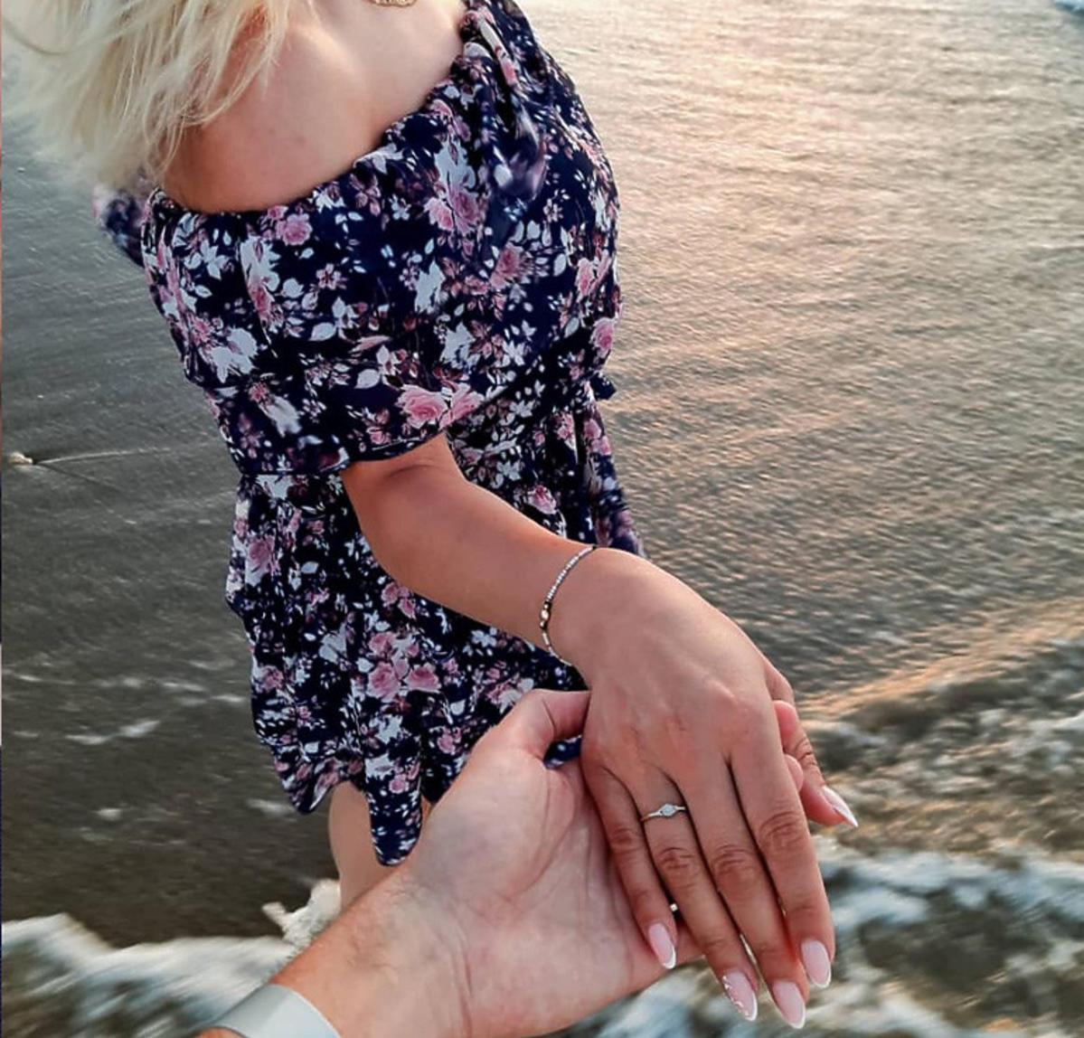 Pierścionek zaręczynowy Agaty ze