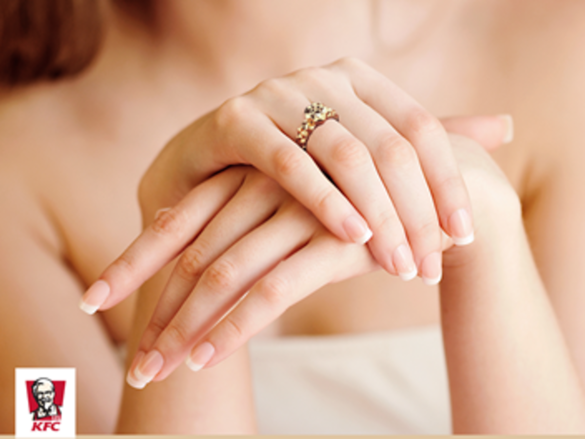 pierścionek zaręczynowy kfc