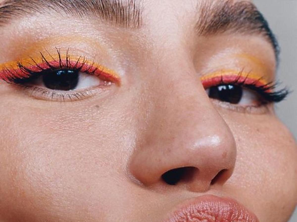 Powiększanie ust solą fizjologiczną - Cinderella lips