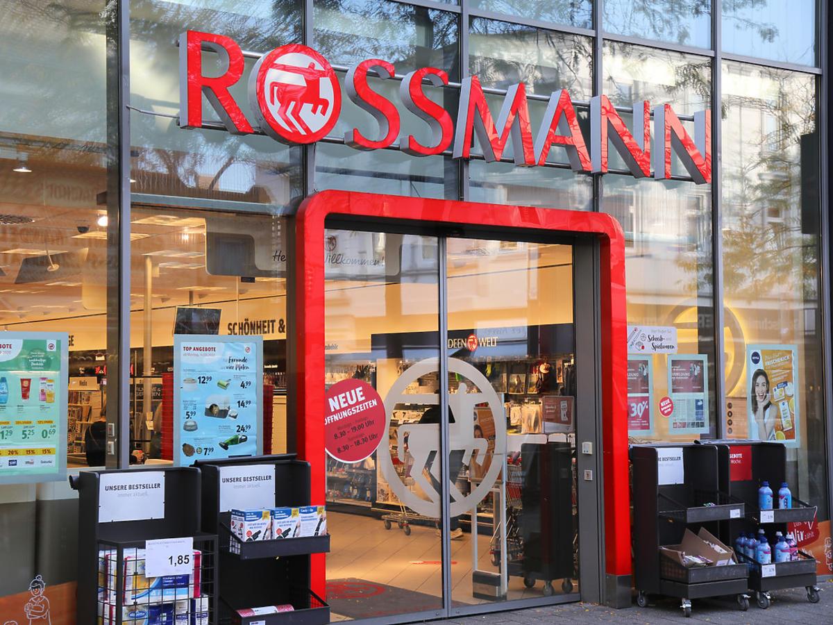 promocja na makijaż w Rossmannie wiosna 2021
