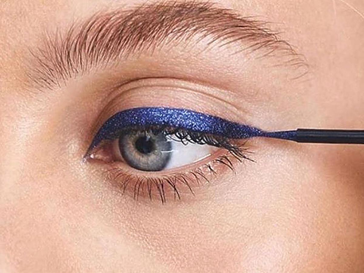Rimmel Wonder'Swipe metaliczny eyeliner i cień do powiek w promocji w Rossmannie opinie