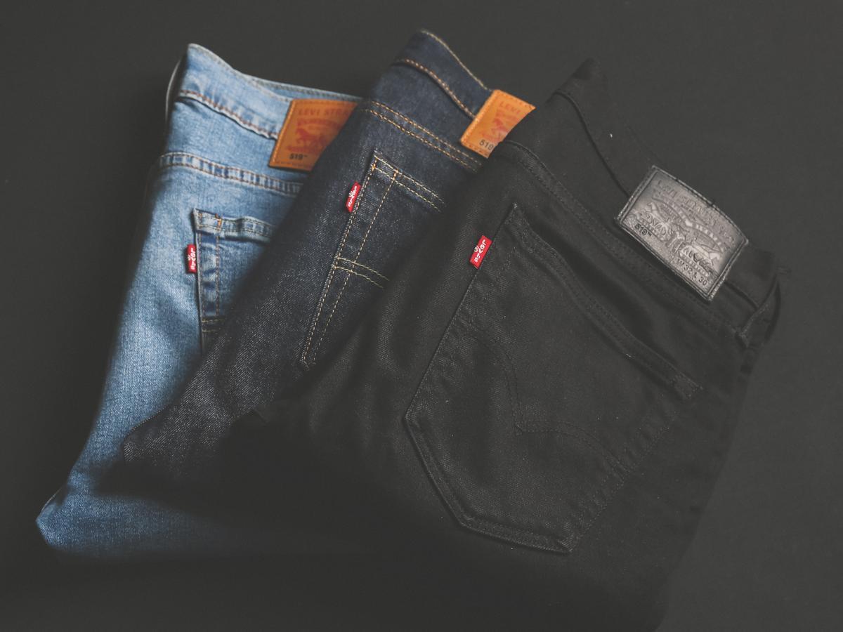 Rozmiarówka spodni damskich - jak ułatwić sobie zakup spodni przez internet