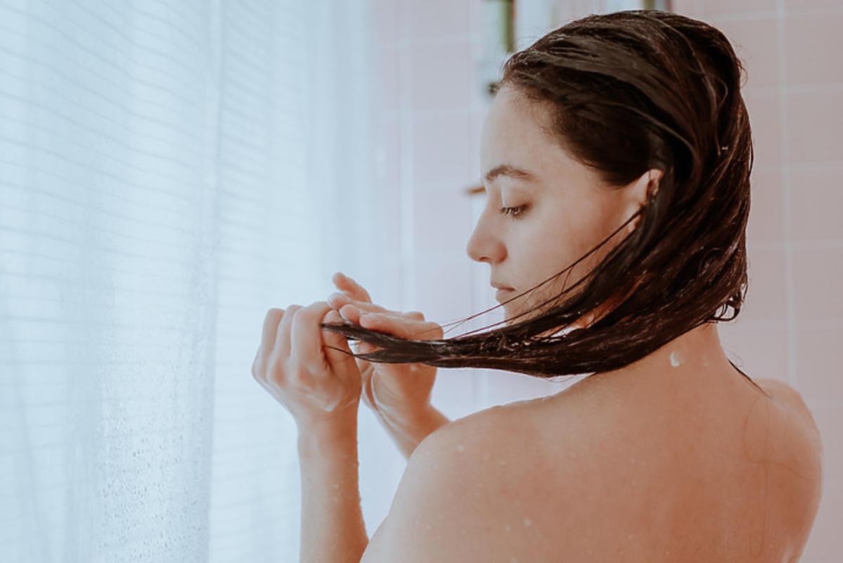 stosowanie płukanki do włosów