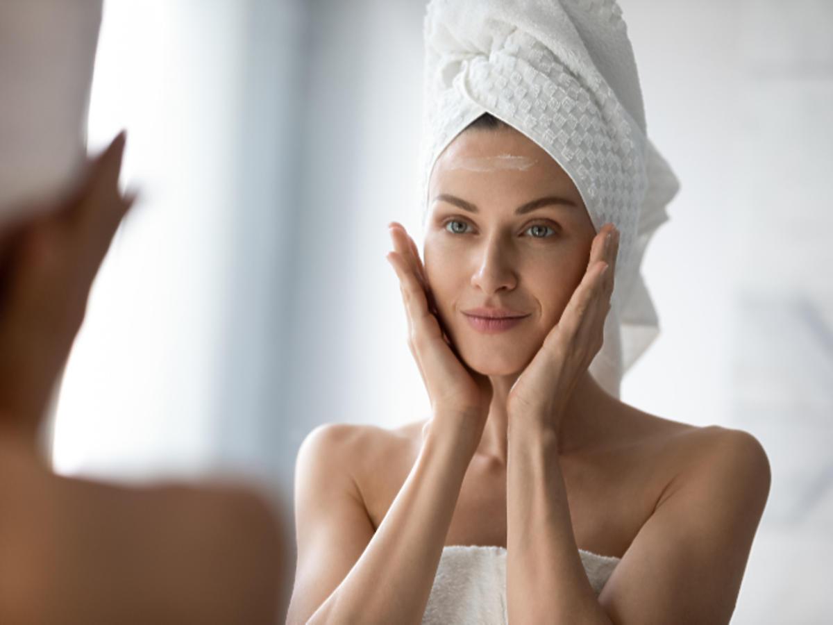 sucha skóra twarzy przyczyny pielęgnacja