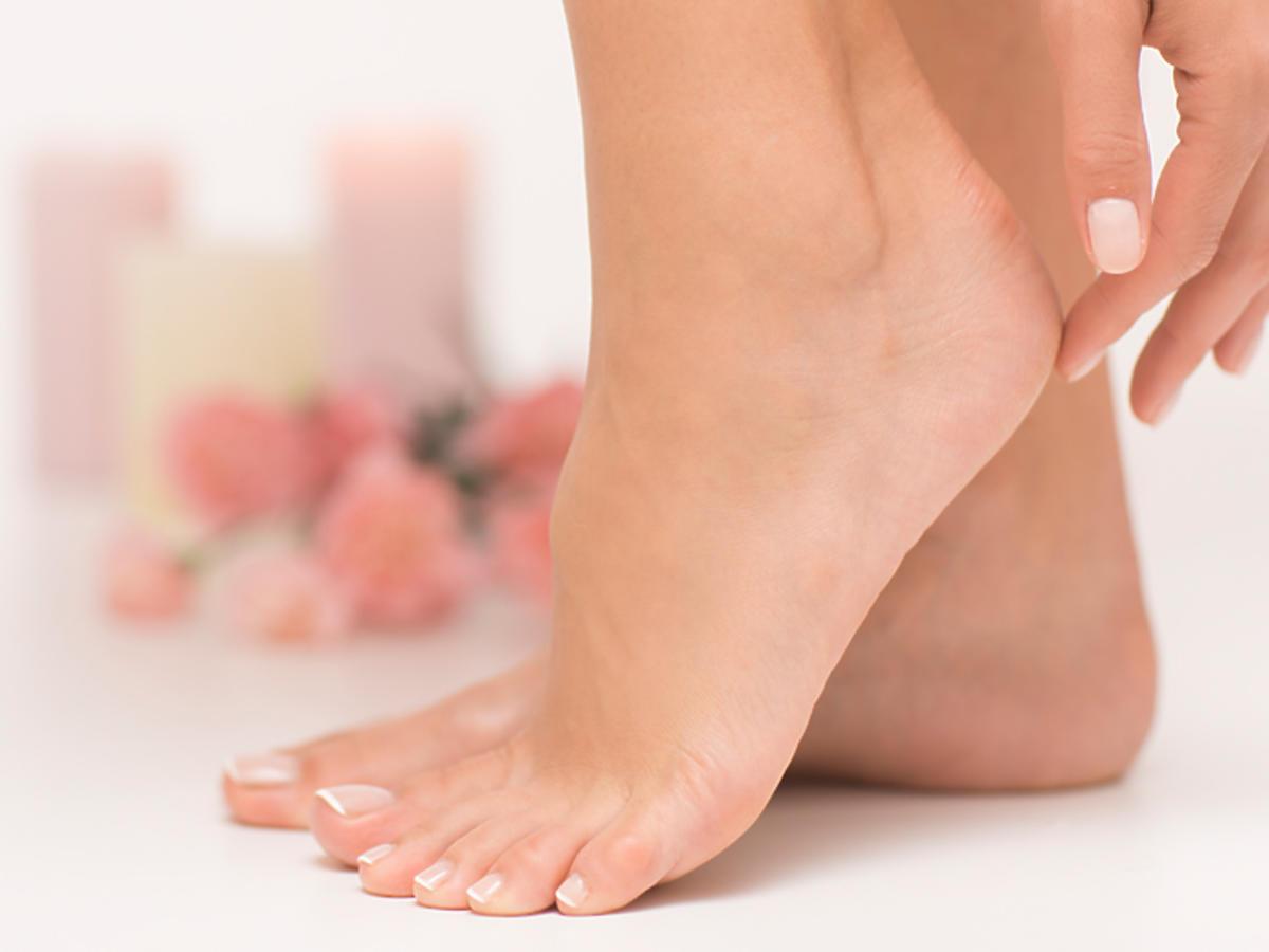 suche pięty zabiegi kosmetyki składniki