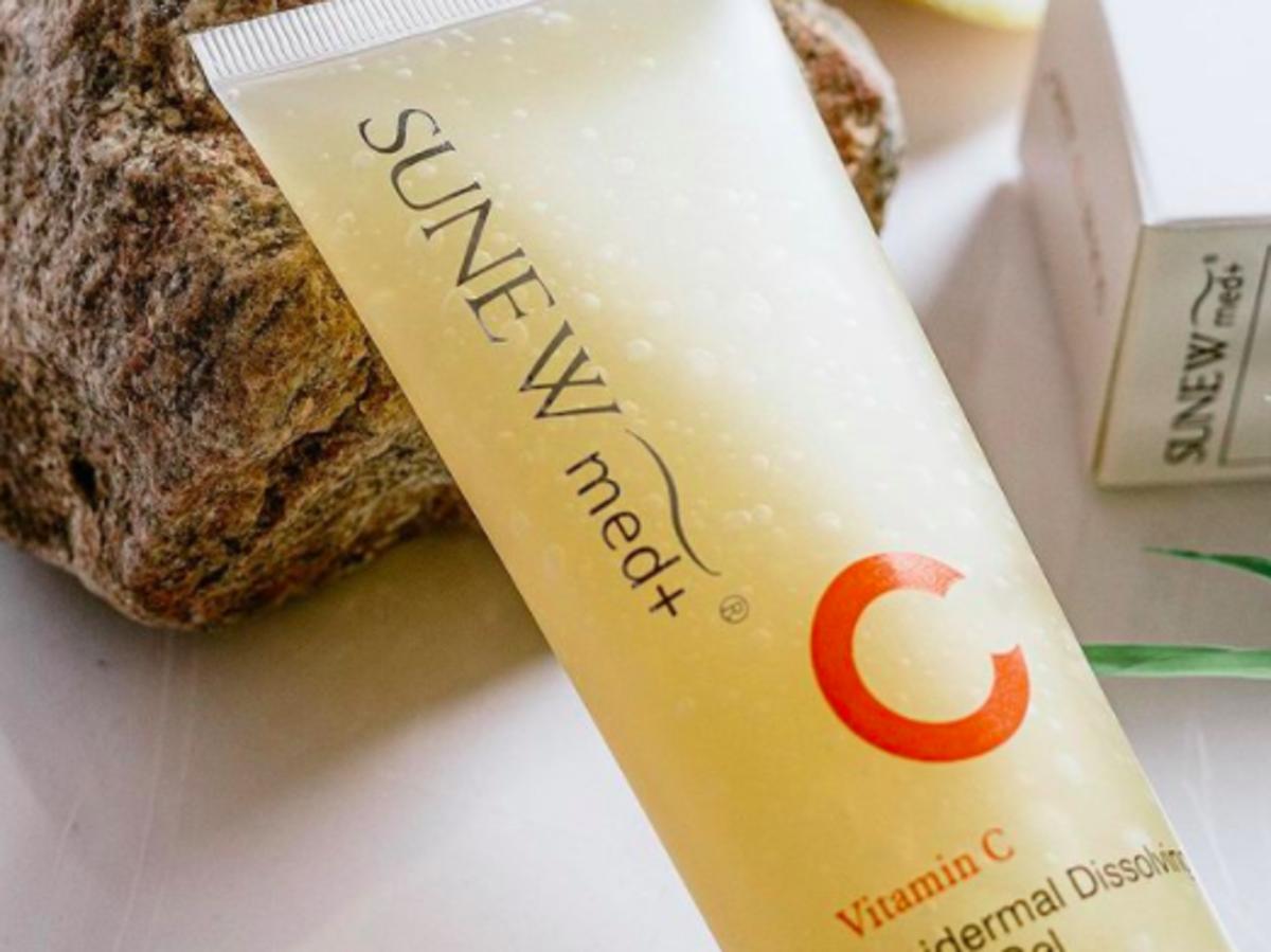 Sunew Med, żel rozpuszczający naskórek z witaminą C