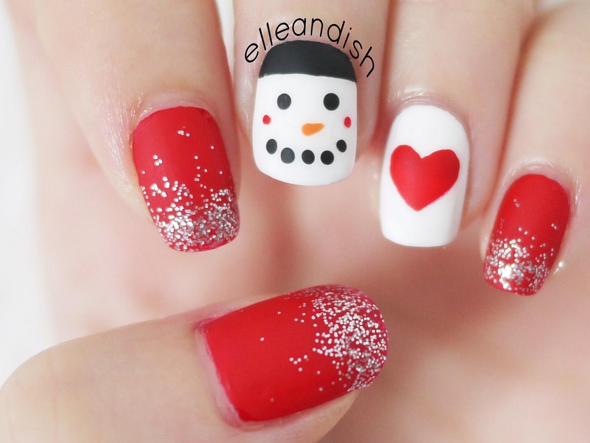 świąteczne wzorki na paznokcie