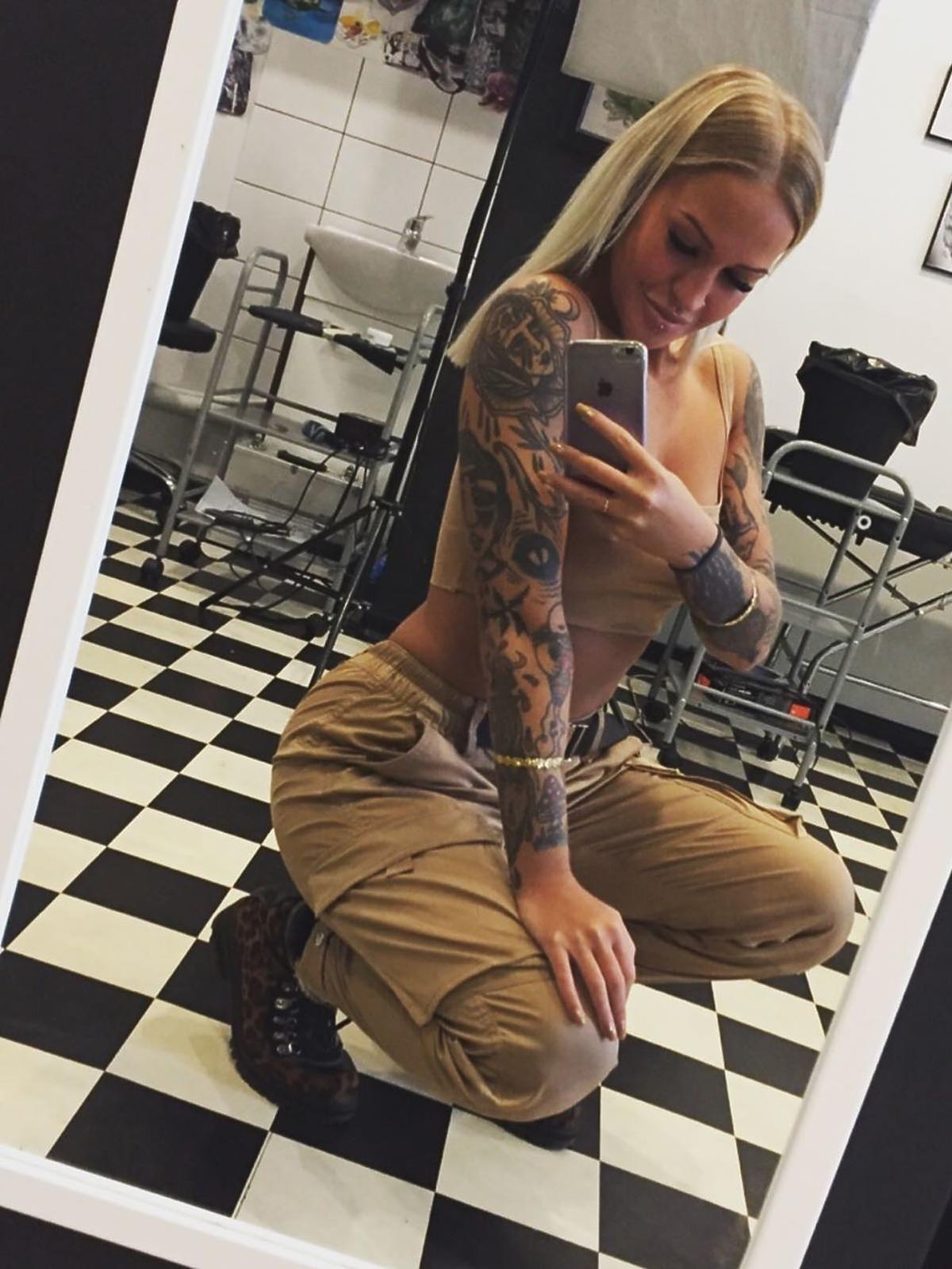 Tatuaże Dominiki naprawdę robią wrażenie