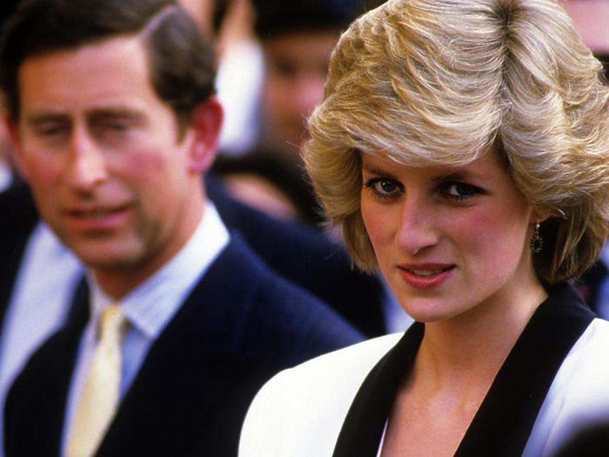 To nie książę Karol miał ożenić się z księżną Dianą! Sekret wyjawiła była służąca