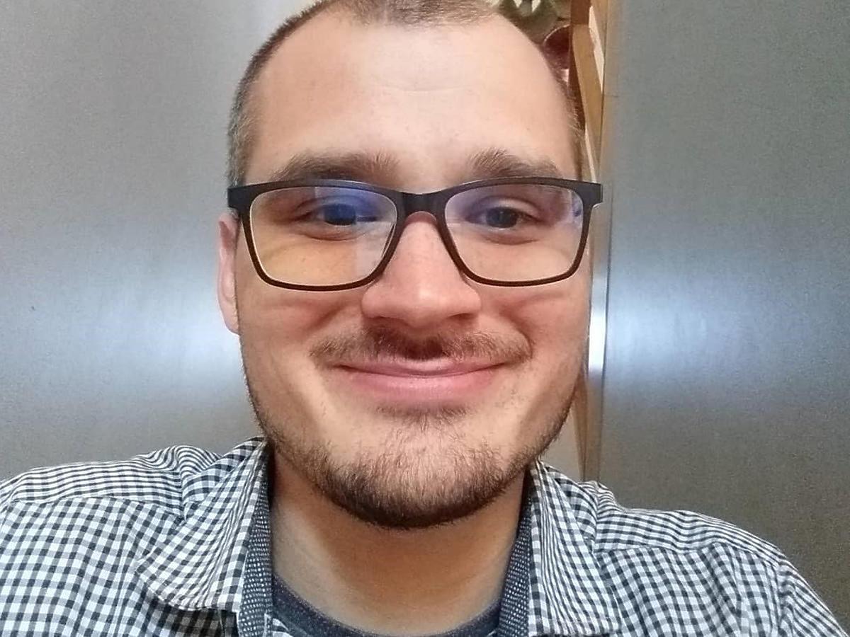 """Uśmiechnięty Maciej ze """"Ślubu od pierwszego wejrzenia"""""""