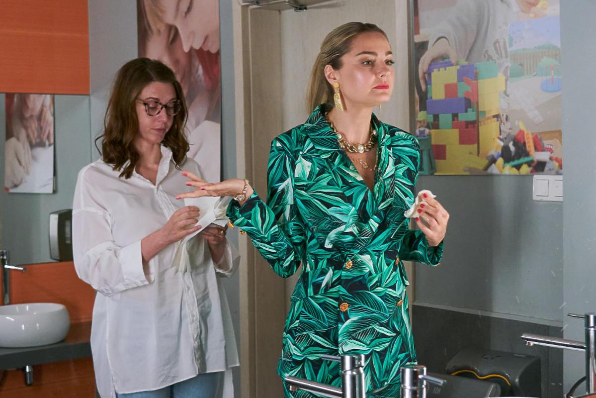 """Violetta Kubasińska z """"BrzydUli"""" przejdzie metamorfozę! Małgorzata Socha pokazała nową fryzurę bohaterki"""