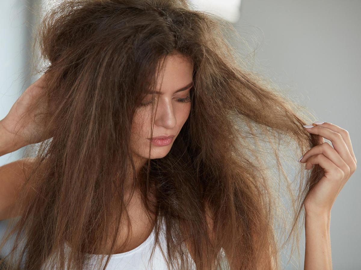 włosy przed zastosowaniem odżywki rozplątującej