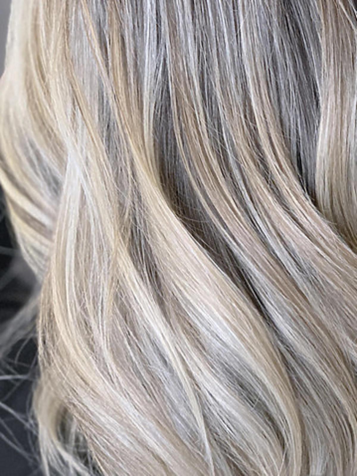 włosy sombre blond