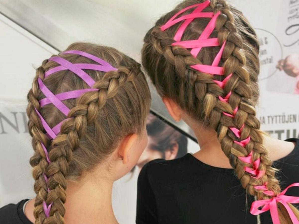 Wplatanie wstążki w warkocze - hit włosowy