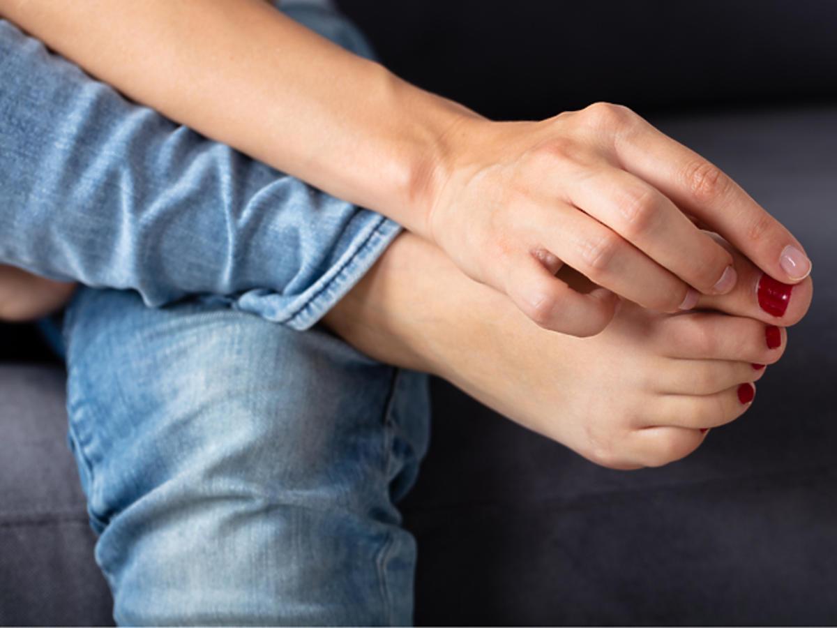 wrastający paznokieć przyczyny leczenie