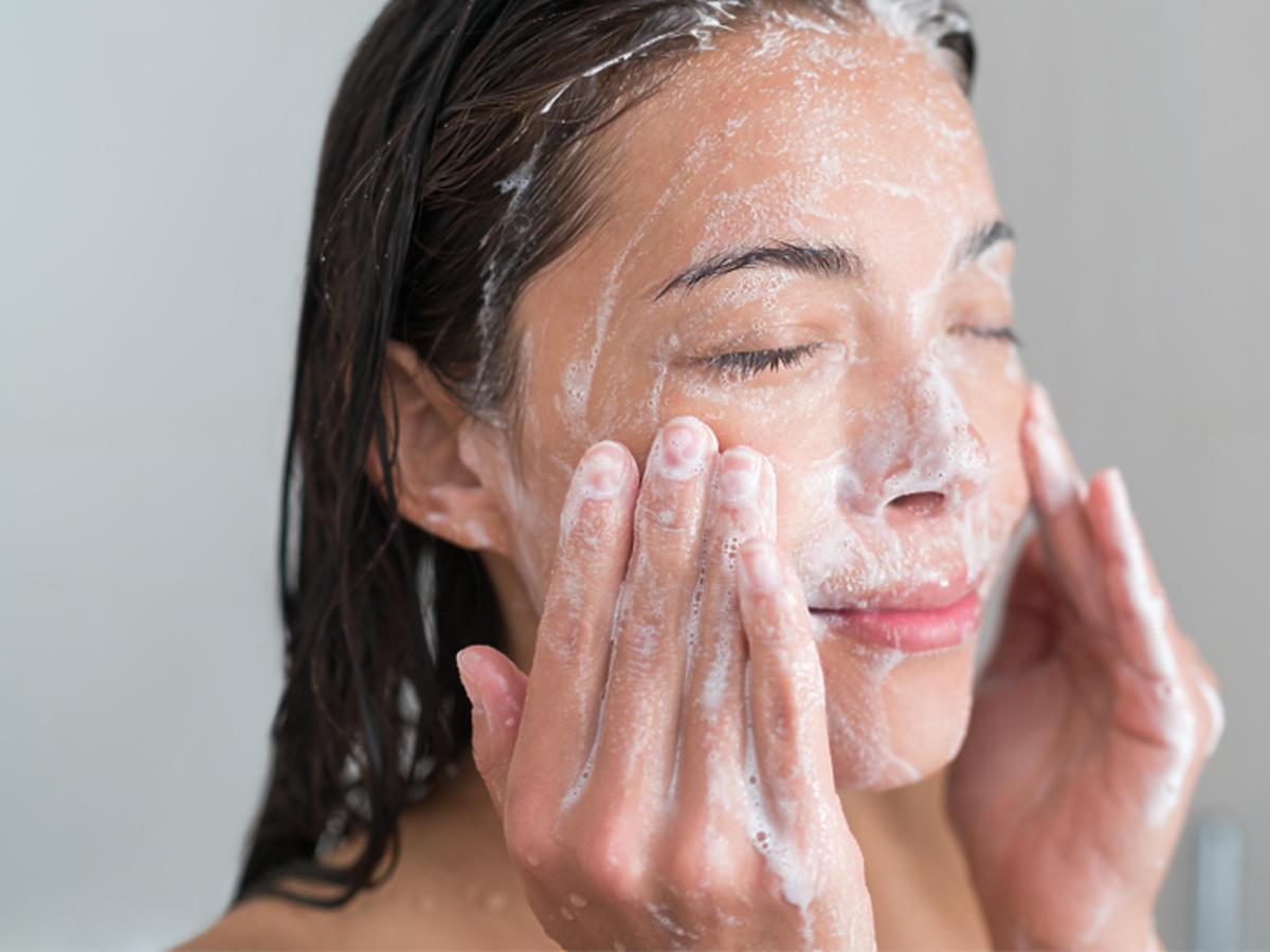 żel do mycia twarzy Garnier Bio Trawa Cytrynowa opinie cera mieszana cera tłusta