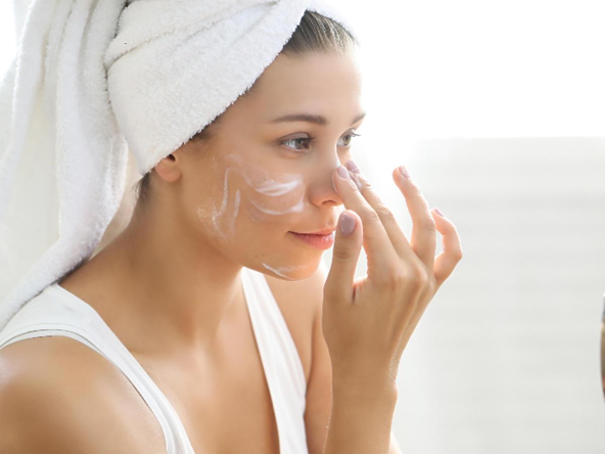 Ziaja Liście Manuka promocja Hebe kosmetyki na trądzik na zaskórniki